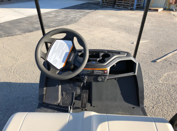 2020 Yamaha EFI Gas Golf Cart for sale dash view